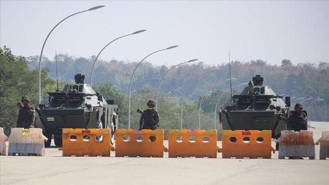 Myanmar askeri yönetimi Suu Çii'nin partisini feshedecek