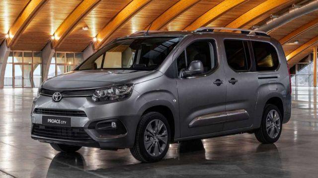 Toyota'nın hafif ticarisi Proace City