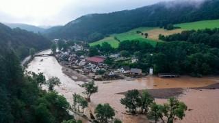 Almanya'da sel felaketi: Hayatını kaybedenlerin sayısı 81'e yükseldi